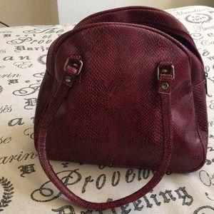 Handbags - Hot pink and black snake skin design hobo purse